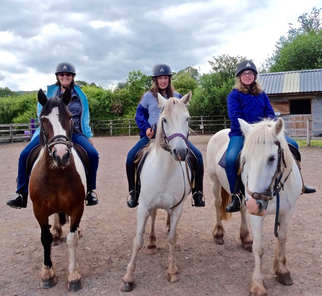 3 amigas ride in Wales
