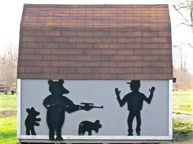Bear as hunter